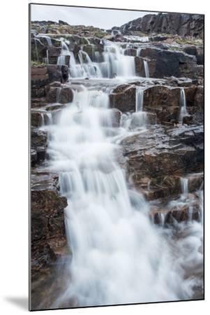 Waterfall, Hudson Bay, Nunavut, Canada-Paul Souders-Mounted Photographic Print