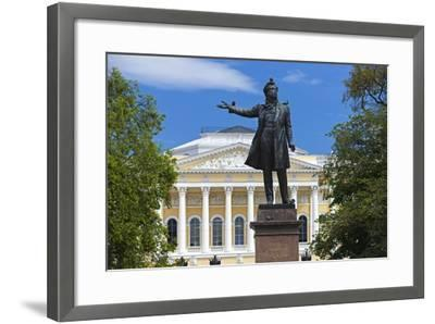 The Russian Museum.-Jon Hicks-Framed Photographic Print