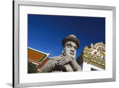 Wat Po-Macduff Everton-Framed Photographic Print