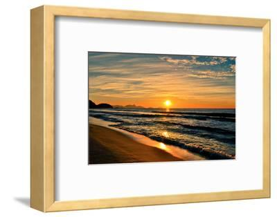 Beautiful Sunrise In The Beach-dabldy-Framed Photographic Print