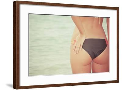 Woman Back-Cuidanet-Framed Photographic Print