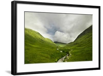 River Flowing through a Valley in the Scottish Highlands, the Mountains are Covered in Clouds-unkreatives-Framed Photographic Print