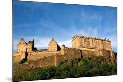 Edinburgh Castle-ZapIchigo-Mounted Photographic Print