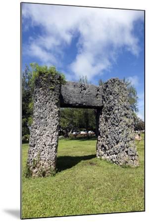 Ha'amonga 'A Maui Arch-benkrut-Mounted Photographic Print