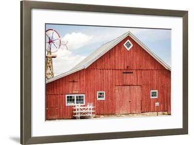 Red Barn-urbanlight-Framed Photographic Print