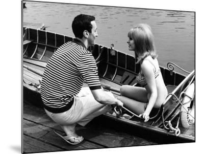 Couple Hire a Rowboat--Mounted Photographic Print