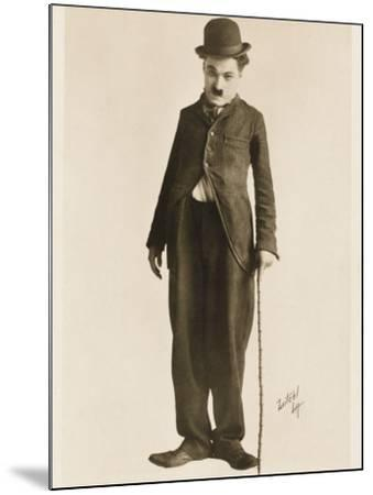 The Movie Legend Charlie Chaplin in Classic Pose--Mounted Photographic Print