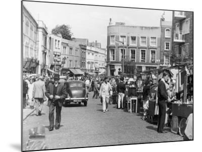 Browsing the Stalls at Portobello Road Market--Mounted Photographic Print
