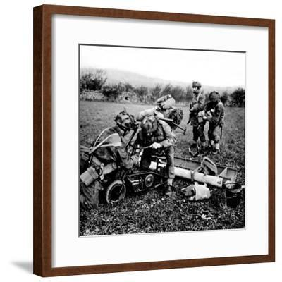 British Paratroops on Exercise in England; Second World War--Framed Photographic Print