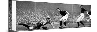 Arsenal Vs. Stoke, Highbury, 1928--Mounted Photographic Print
