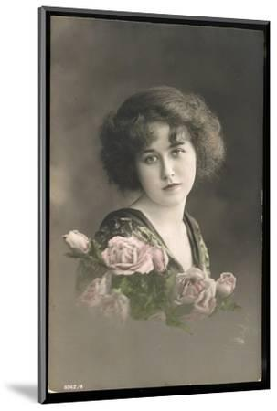 Beautiful Young Lady with Pink Roses--Mounted Photographic Print
