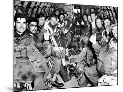 Men of the British First Airborne Division in a Glider; Second World War--Mounted Photographic Print