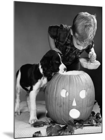 Boy and Jack-O-Lantern-H^ Armstrong Roberts-Mounted Photographic Print