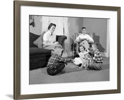 Smiling Family of Five-H^ Armstrong Roberts-Framed Photographic Print