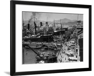 Shipping Docks, Kowloon, Hong Kong-H^ Armstrong Roberts-Framed Photographic Print