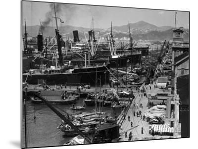 Shipping Docks, Kowloon, Hong Kong-H^ Armstrong Roberts-Mounted Photographic Print