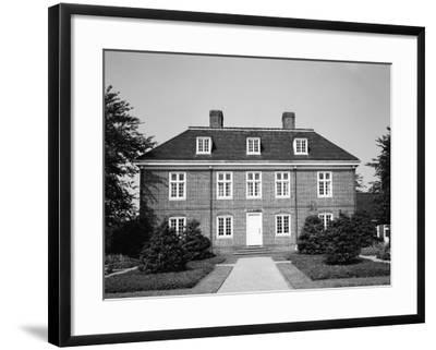 Pennsbury Manor-H^ Armstrong Roberts-Framed Photographic Print