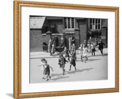 School For Twins--Framed Photographic Print