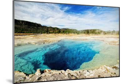 Yellowstone Sapphire Pool-www.infinitahighway.com.br-Mounted Photographic Print