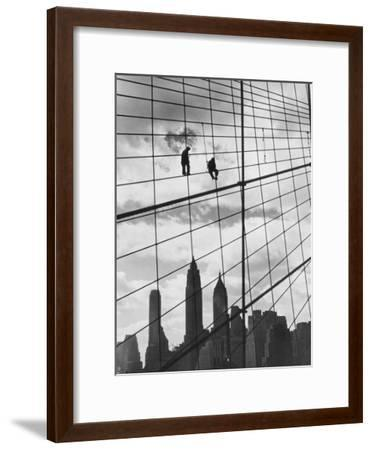 Brooklyn Bridge Workers-Archive Photos-Framed Photographic Print