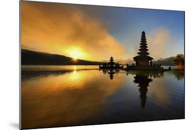 Pura Ulun Danu Bratan Water Temple-by toonman-Mounted Photographic Print