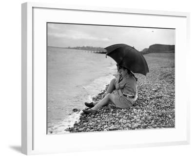Young Love-Bert Kneller-Framed Photographic Print