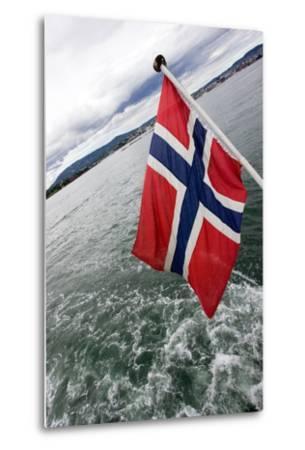 Norwegian Flag on a Boat-Felipe Rodríguez-Metal Print