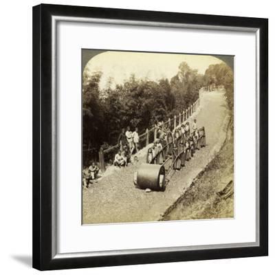 Women Working on the Darjeeling Highway, India-Underwood & Underwood-Framed Photographic Print