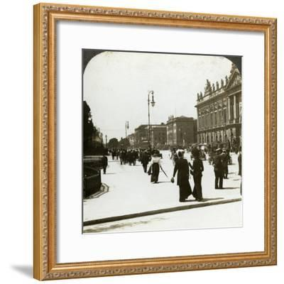 Unter Den Linden, Berlin, Germany-Underwood & Underwood-Framed Photographic Print