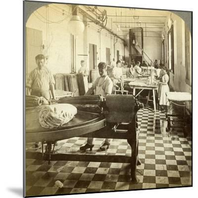 Packing Prize Butter for the European Markets, Hasley, Denmark-Underwood & Underwood-Mounted Photographic Print