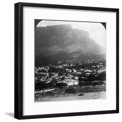 Table Mountain, Cape Town, South Africa-Underwood & Underwood-Framed Photographic Print