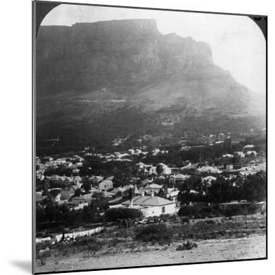 Table Mountain, Cape Town, South Africa-Underwood & Underwood-Mounted Photographic Print