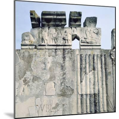 Monument to Cartilius Poplicola, Ostie, Rome- Lorenzini-Mounted Photographic Print