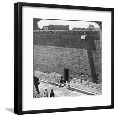 Scenes of Battle and the Chase Carved on a Wall at Medinet Habu, Thebes, Egypt, 1905-Underwood & Underwood-Framed Photographic Print