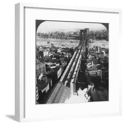 Brooklyn Bridge, New York City, New York, USA, Late 19th or Early 20th Century-Underwood & Underwood-Framed Photographic Print