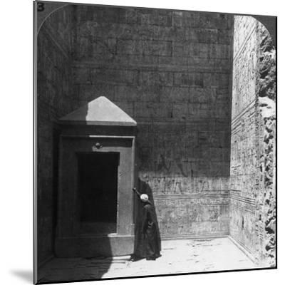 The Holy of Holies and Shrine for the Divine Image, Temple of Edfu, Egypt, 1905-Underwood & Underwood-Mounted Photographic Print