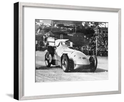 Malcolm Campbell in Bluebird, 1928--Framed Photographic Print