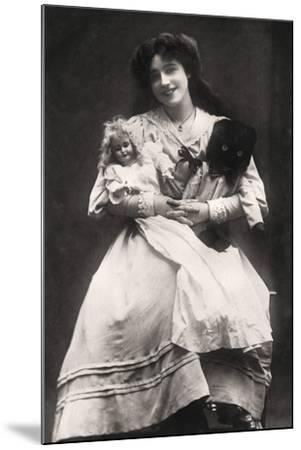 Madge Crichton (B188), Actress, 1906- Lemeilleur-Mounted Photographic Print