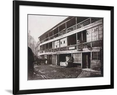 King's Head Inn, Southwark, London, 1881-Henry Dixon-Framed Photographic Print
