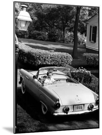 Ford Thunderbird, 1955--Mounted Photographic Print
