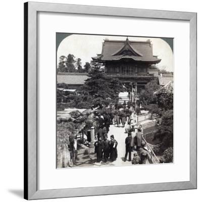 Main Gateway to Kameido Temple, Tokyo, Japan, 1904-Underwood & Underwood-Framed Photographic Print