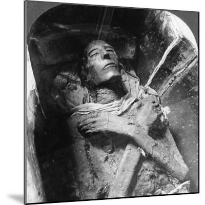 The Mummy of Sethos I (1394Bc-1279B), Cairo, Egypt, 1905-Underwood & Underwood-Mounted Photographic Print