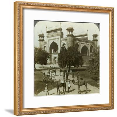 Tomb of Akbar, Sikandarah, Uttar Pradesh, India, C1900s-Underwood & Underwood-Framed Photographic Print
