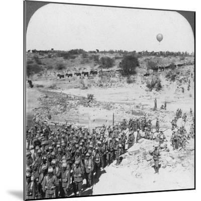 Lord Roberts' Infantry Crossing the Zand River, South Africa, C1900s-Underwood & Underwood-Mounted Photographic Print