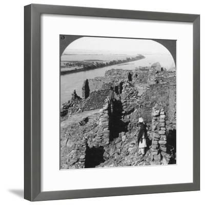 Kasr (Qas) Ibrim and a View Down the Nile in Nubia, Egypt, 1905-Underwood & Underwood-Framed Photographic Print