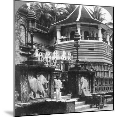 Dalada Maligawa, Palace of Buddha's Tooth, Kandy, Sri Lanka, 1902-Underwood & Underwood-Mounted Photographic Print