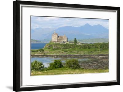 Duart Castle, Near Craignure, Mull, Argyll and Bute, Scotland-Peter Thompson-Framed Photographic Print