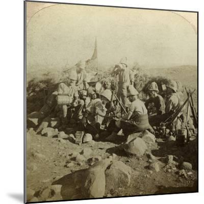 Gordon Highland Signallers on Signal Hill, Euslin, South Africa, Boer War, 1899-1902-Underwood & Underwood-Mounted Photographic Print