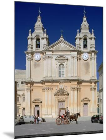 St Pauls Cathedral, Mdina, Malta-Peter Thompson-Mounted Photographic Print