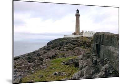 Ardnamurchan Lighthouse, Highland, Scotland-Peter Thompson-Mounted Photographic Print